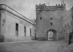 Puerta de Osario
